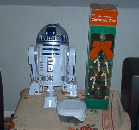 Nothing says Christmas like an Astromech droid.