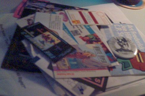 con flyers